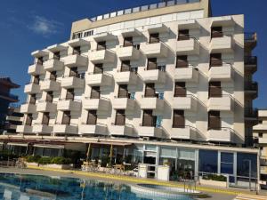 Hotel David Cesenatico - Piscina